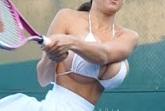 Большой теннис прикол голый видео